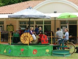 The carousel: Ladybug, Snail, Grasshopper,